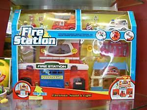 Игровой набор «Пожарная станция», 16393B