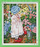 Картина «Среди цветов», вышивка крестиком, R408