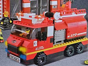 Конструктор «Пожарные спасатели», 693 детали, M38-B0226R, купить