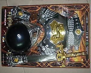 Рыцарский набор с доспехами и мечом, 3312