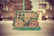 Шнуровка - каталка в форме машинки, 03-002, магазин игрушек